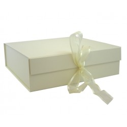 Keepsake Size Ivory Magnetic Seal Gift Boxes - (300mm x 300mm x 90mm)