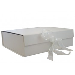 Keepsake Size White Magnetic Seal Gift Boxes - (300mm x 300mm x 90mm)